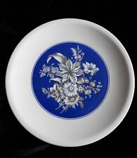 """10"""" Plate White with Cobalt Blue - Mixed floral, lillies, daisies Porcellana"""