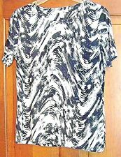 NEW WOMENS/GIRLS BLACK AND WHITE DRESSY TOP SIZE MEDIUM PETITE BY JM COLLECTION