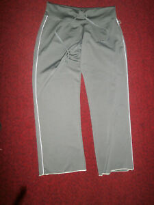 NWOT So Sporty Olive stretch exercise yoga fitness pants Size L