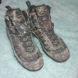 Cabelas Camouflage boots 9.5