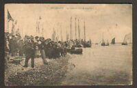 LE CROTOY (80) QUAI un JOUR DE REGATES trés animée en 1916