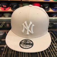 New Era 9FIFTY New York Yankees Snapback Hat Cap Off-White