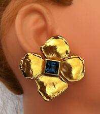 Boucles d'oreilles Dorées YVES ST LAURENT - Earrings Gold Tone Signed - Clip on
