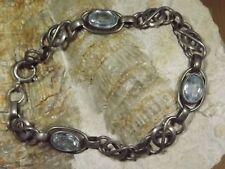 D18-108 / antikes Armband Silber 830 mit  Blautopas sehr dekorativ und filigran