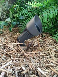 LED Outdoor low voltage landscape Phoenix brown cast aluminum spot garden light