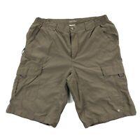 Columbia Mens Medium Silver Ridge Cargo Nylon Shorts