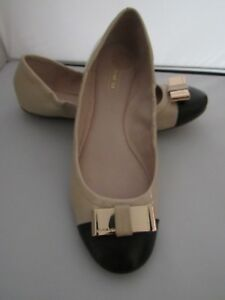 Cute Coach Demi Beige Patent/Black Leather Ballet Flat – 6M – New - $150