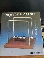 Newtons Cradle Balance Balls Physics Pendulum Science Classic Desk Office Toys
