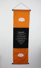 NAMASTE WANDBEHANG Stoff Fahne Wanddeko Hinduismus Wandfahne Meditation Indien