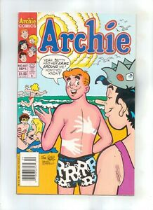 ARCHIE COMICS No 427 with JUGHEAD, BETTY and VERONICA
