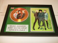GREEN DAY   SIGNED  GOLD  DISC  Y