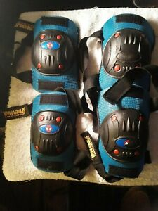 Spider-Man Child's Knee & Elbow Pads BELL protective gear nice used FREE SHIP