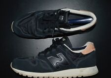NEW BALANCE 520 LEATHER/NYLON CLASSIC BLACK COLOR-WAY SNEAKERS SIZE: 10.5 US