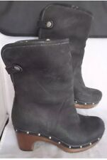 UGG Australia Lynnea Black Leather Chunk Heel Shearling Fold Down Boots Size 5