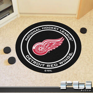 """Detroit Red Wings NHL Hockey Puck Shaped 27"""" Round Door Floor Mat Rug Carpet"""