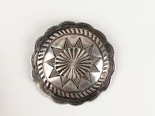 edge star etched metalwork 1-7/8 in Vtg round brooch pin silver tone scalloped
