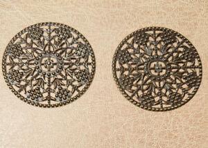 2x 5cm Ø ANTIQUE BRASS FILIGREE CIRCLE EMBELLISHMENTS Flat Metal Disc MEDIEVAL