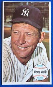 1964 Topps Giants Baseball  -  #25 - Mickey Mantle