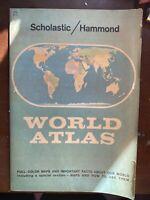 VINTAGE  Scholastic/Hammond World Atlas E12  1959 Paperback great shape