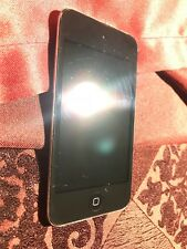 Apple iPod Touch 4th Generation Black (8 GB) GREAT SHAPE
