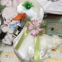 Rushton Rubber Beak White Swan with Flower Vintage 1950s Mint Condition