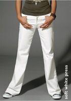 Levi`s 474 Jeans W27,W28,W29,W30 L34 NEU Damen Stretch Weiß Levis Schlaghose
