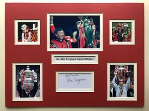 """Manchester United Alex Ferguson Signed 16"""" X 12"""" Double Mounted Display"""