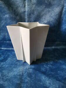 Hutschenreuther Vase, Stern Weiß, Höhe 19 cm.