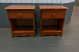 TWIN SINGLE DRAWER BEDSIDE CUPBOARDS