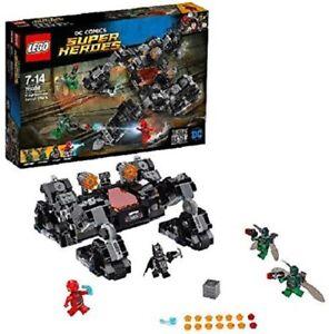 Lego DC Super Heroes Knightcrawler Tunnel Attack (76086) NEW (SP31)