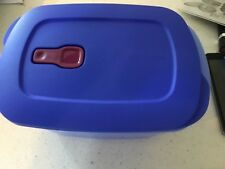 NEW Tupperware Crystal Wave PLUS  with Stain Guard 9 1/4  cup Deep  Blue