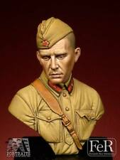 FeR Russian Red Army Jr Lieutenant 1941 WW2 1/16th minibust Unpainted resin kit