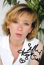 Autographe sur photo de : Sylvie Testud ( 18,5 x 12,5 )