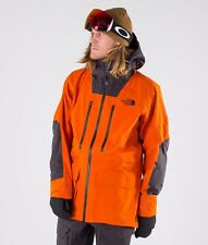 The North Face una chaqueta de CAD