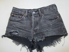 Levi`s 501 Shorts W 26 schwarz, neuwertig