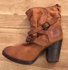 b4e7c82496a Steve Madden Medium (B, M) Women's US Size 7.5 for sale | eBay