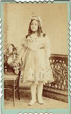 Photo cdv : Frederico Brunel ; Jeune fille costumée , thème du jeu de cartes
