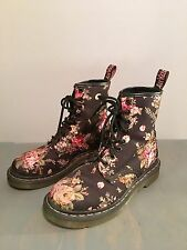 Dr. Martens Women's Size 6 (UK 4) 1460 Victorian Print Lace Up Boot Black