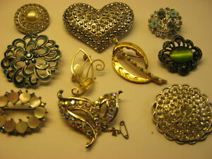 JOB LOT OF 10 VINTAGE STONE SET BROOCHES