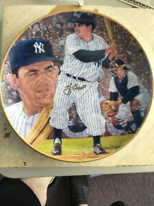 Personally Signed New York Yankees Yogi Berra Autographed Gartlan Plate