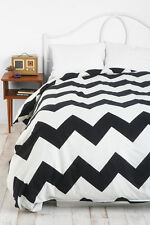 Urban Outfitters Zigzag Duvet Cover Twin XL Black White chevron stripe Assembly