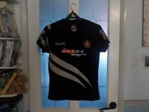 Wigan Warriors away shirt, 2010, size 14