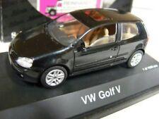 1/43 roadster 04681 VW Golf V negro