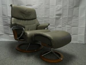 Ekornes Stressless 'Capri' Leather Recliner and stool Size Large (377)
