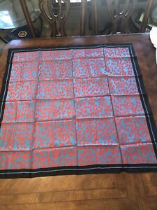 """THAI SILK 100% Made in Thailand Hand Made, Hand Rolled ELEPHANT Scarf 34x35"""""""