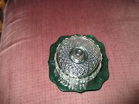 """Vintage Emerald Green Round Glass Cheese/Butter Dish w/ Clear Glass Lid 2 1/2"""""""