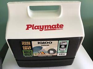 New Igloo Playmate Mini Black Cooler - 6 Cans, 4 Quarts, 3 Liters Keep Drinks