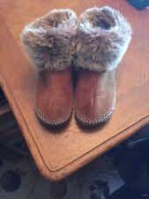 Womens Mocasin Slippers, Size 8/9