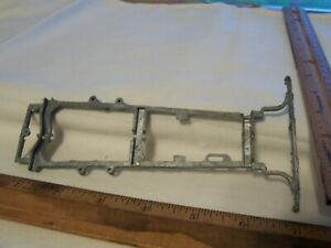 Hubley Ford Model A Roadster/Sedan 1:20 Scale Metal Classic Car frame parts