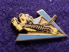 WWII FLYING TIGERS AMERICAN VOLUNTEER GROUP ENAMEL BADGE FROM ACE PILOT